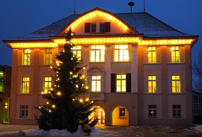 Allmendingen Rathaus Winter